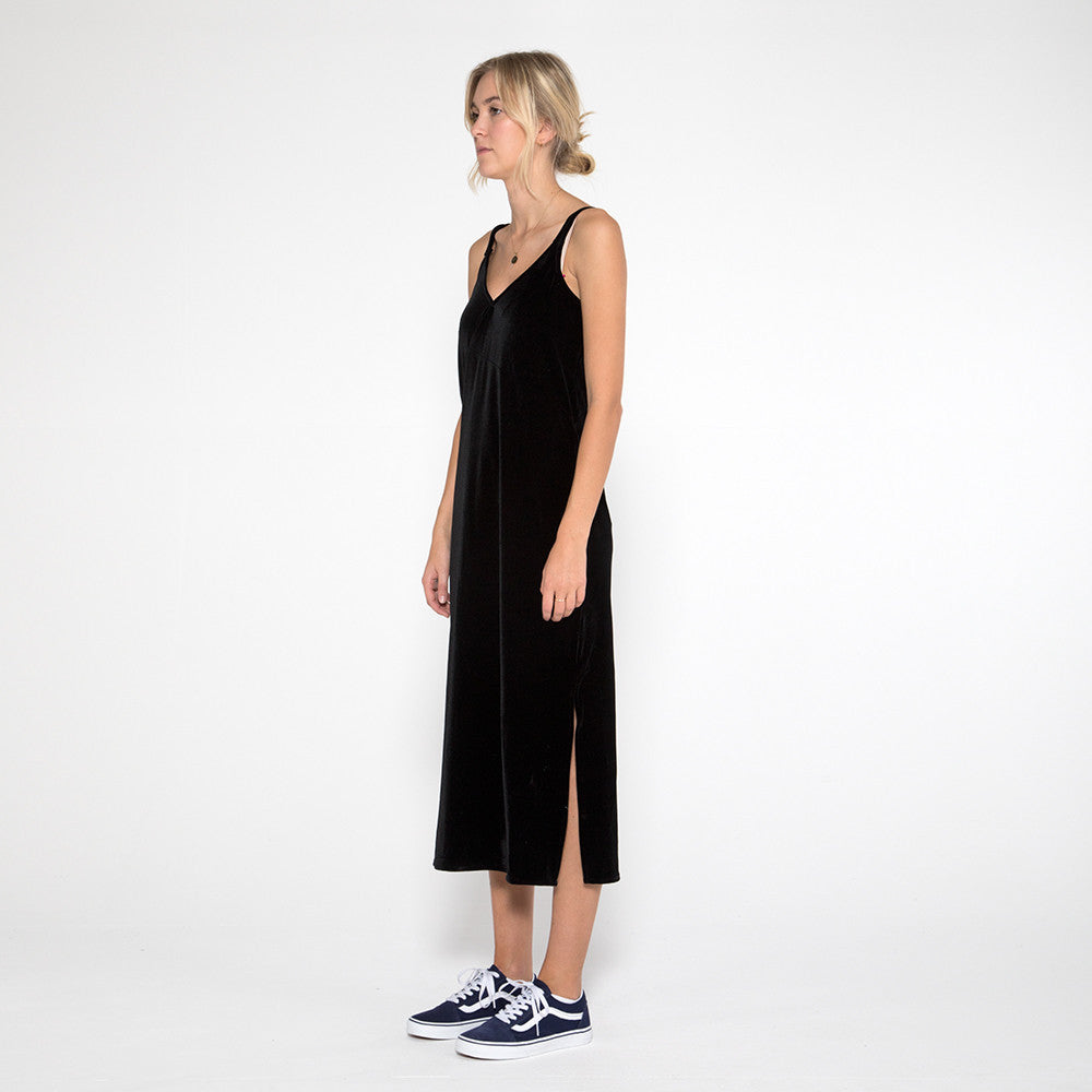 Now & Then Karen Slip Dress in Black