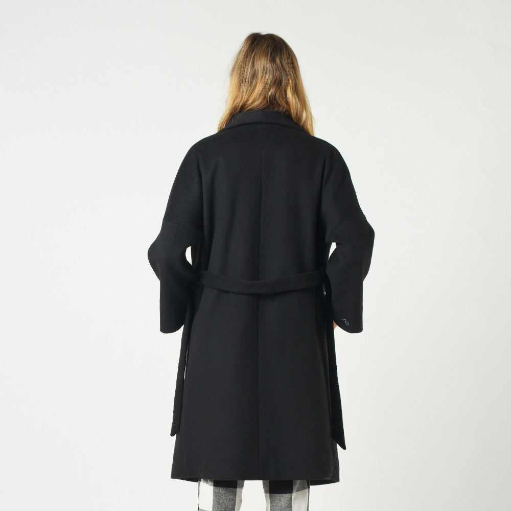 Lower Hugo Coat Black