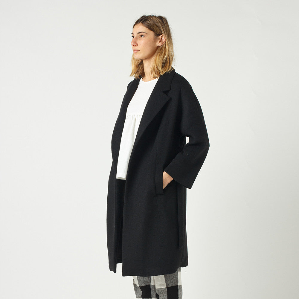 Lower Hugo Coat in Black