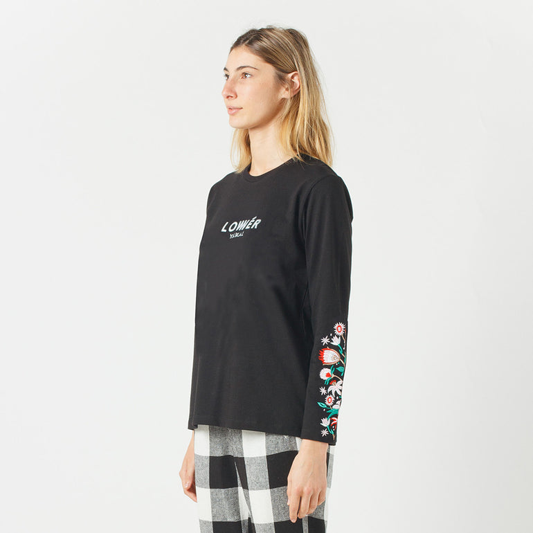 Lower Relax L/S Tee / Floral (Embroidered) in Black