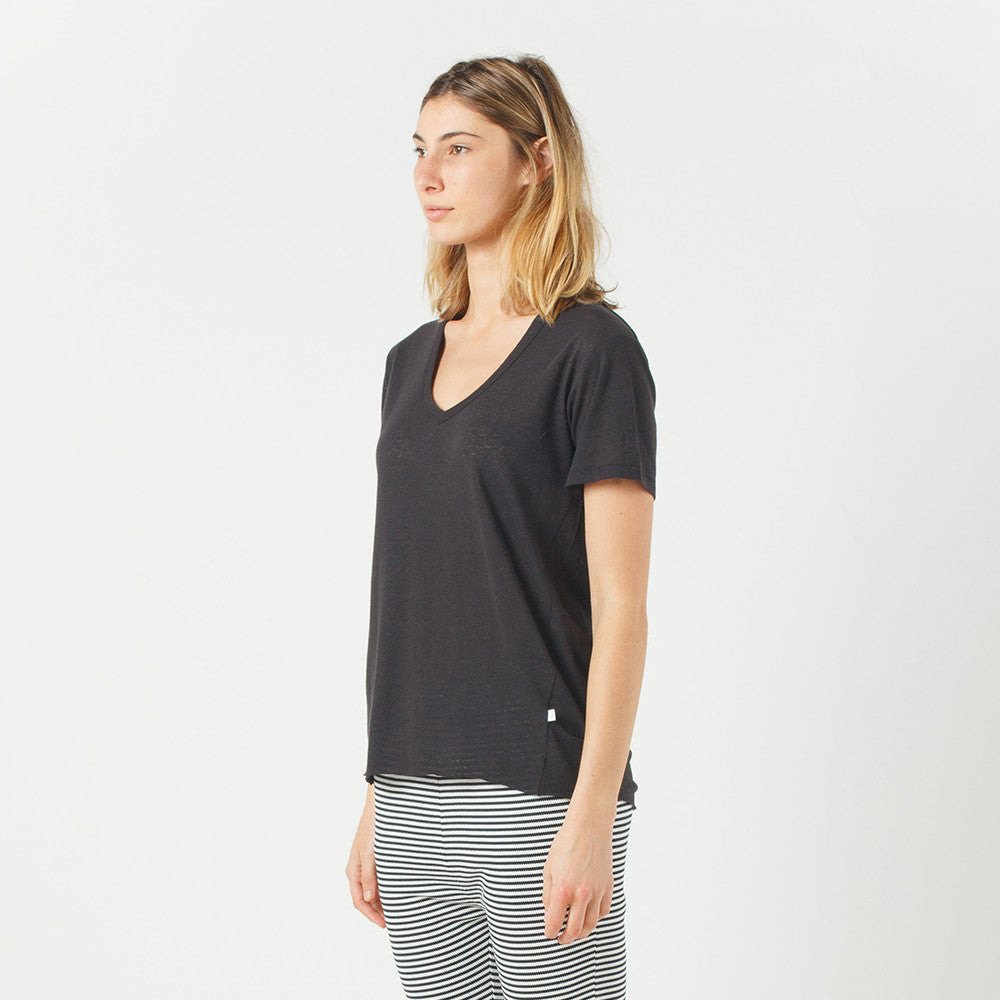 Five Each Olsen Tee in Black