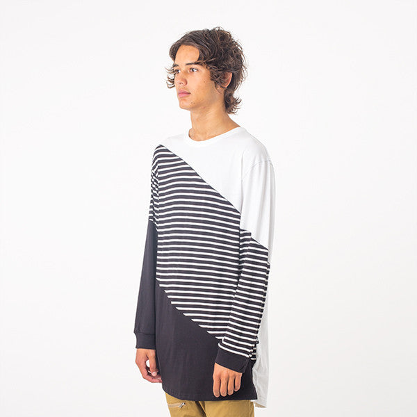 Federation Overlook L/S Tee in Black/White