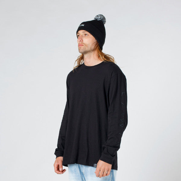 Lower QRS L/S Tee / Slash (Embroidered) in Black