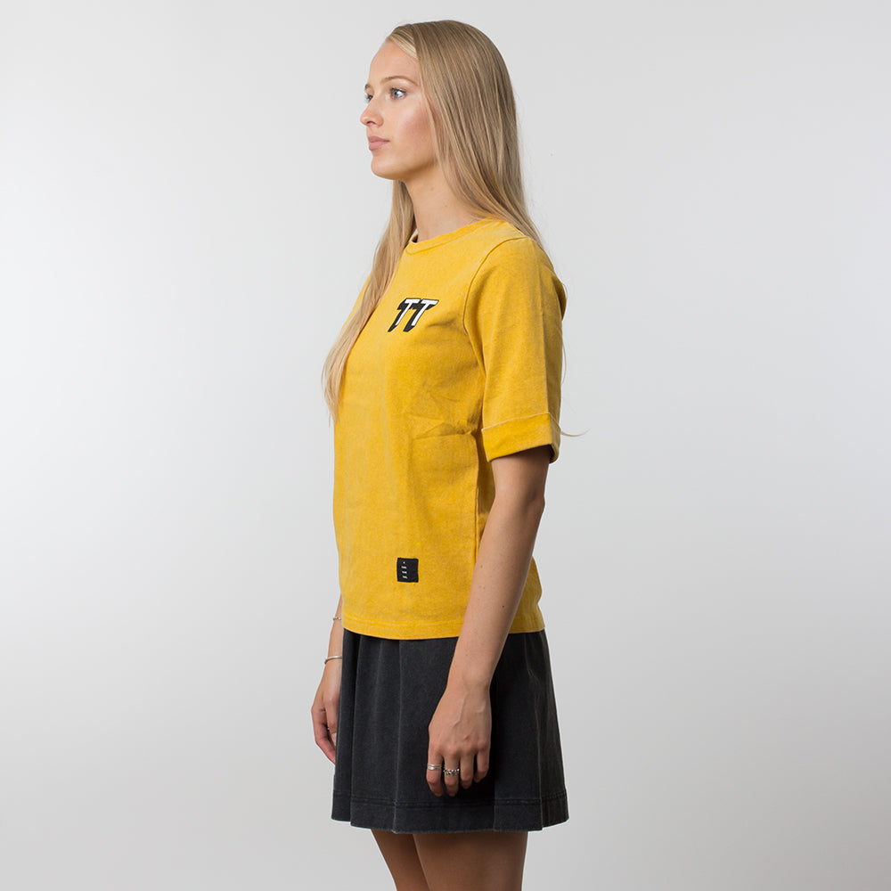 Thing Thing Easy Tee 3DT in Yellow Wash