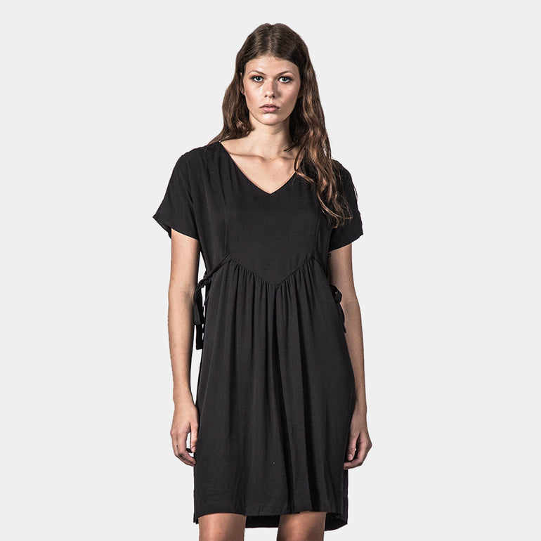 Thing Thing Unite Dress - Black