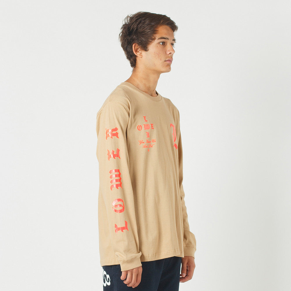 Lower QRS L/S Tee / Curve in Tan