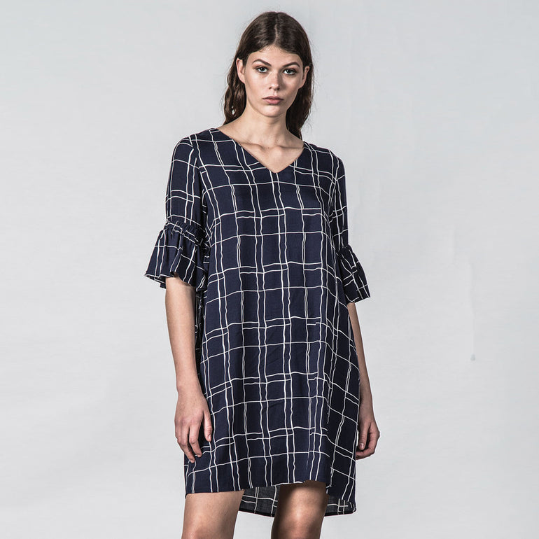Thing Thing Tresspass Dress - Wavy Navy