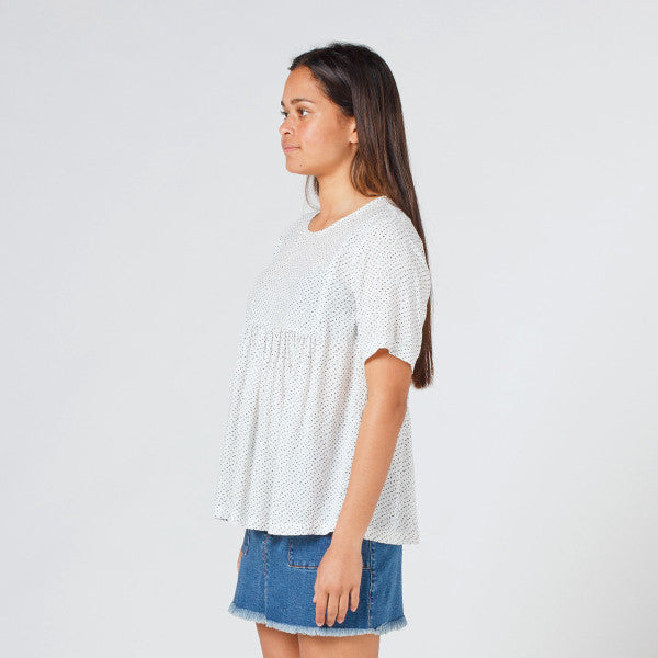 Lower Claudia Tee in Speckled White
