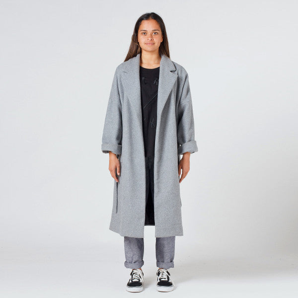 Lower Hugo Coat - Grey