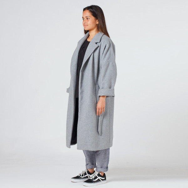 Lower Hugo Coat in Grey
