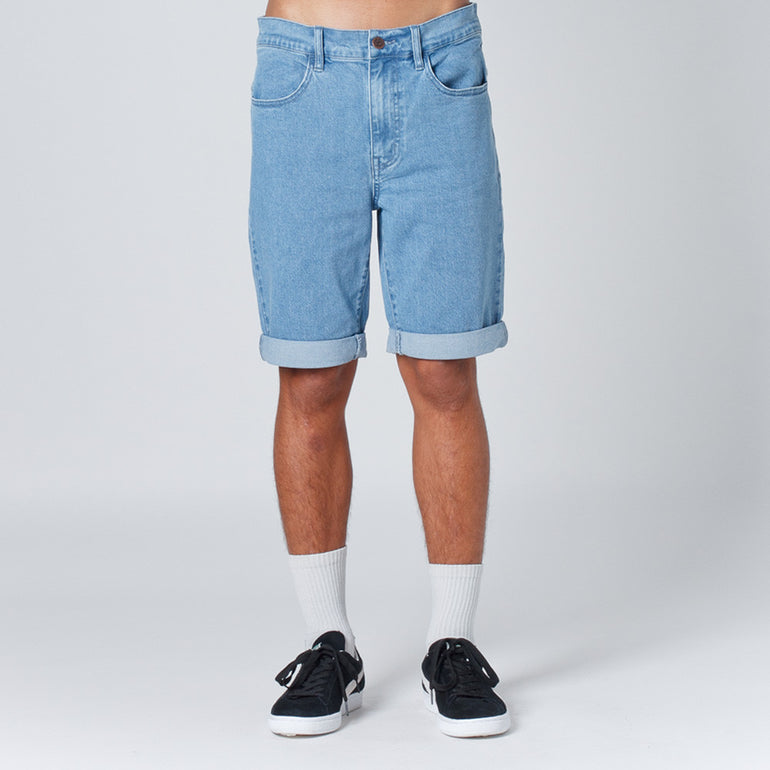 Lower Leaner Shorts Lightwashed