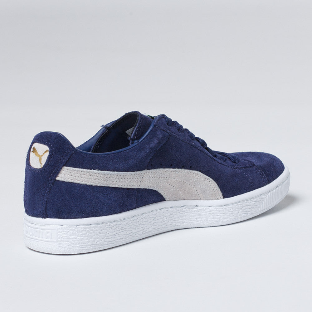 PUMA Suede Classic Shoes in Peacoat/White