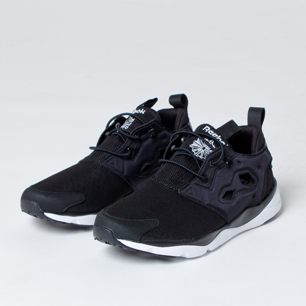 Reebok Furylite in Black/White