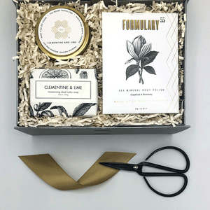 An elegant gift to encourage relaxation. Includes: Clementine and Lime Boutique Travel Candle, Clementine and Lime Bar Soap and Formulary 55 Grapefruit & Rosemary Body Polish Botanical Treatment.