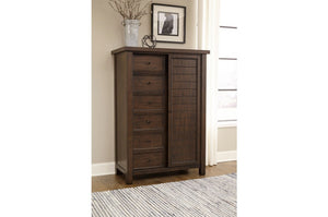 Daley Transitional Storage Platform Bedroom Collection