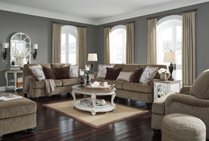 Brenda Traditional Living Room Collection