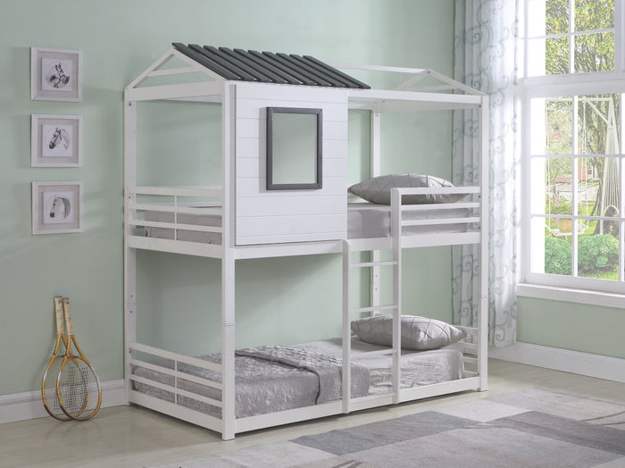Treehouse Twin/Twin Bunk Bed