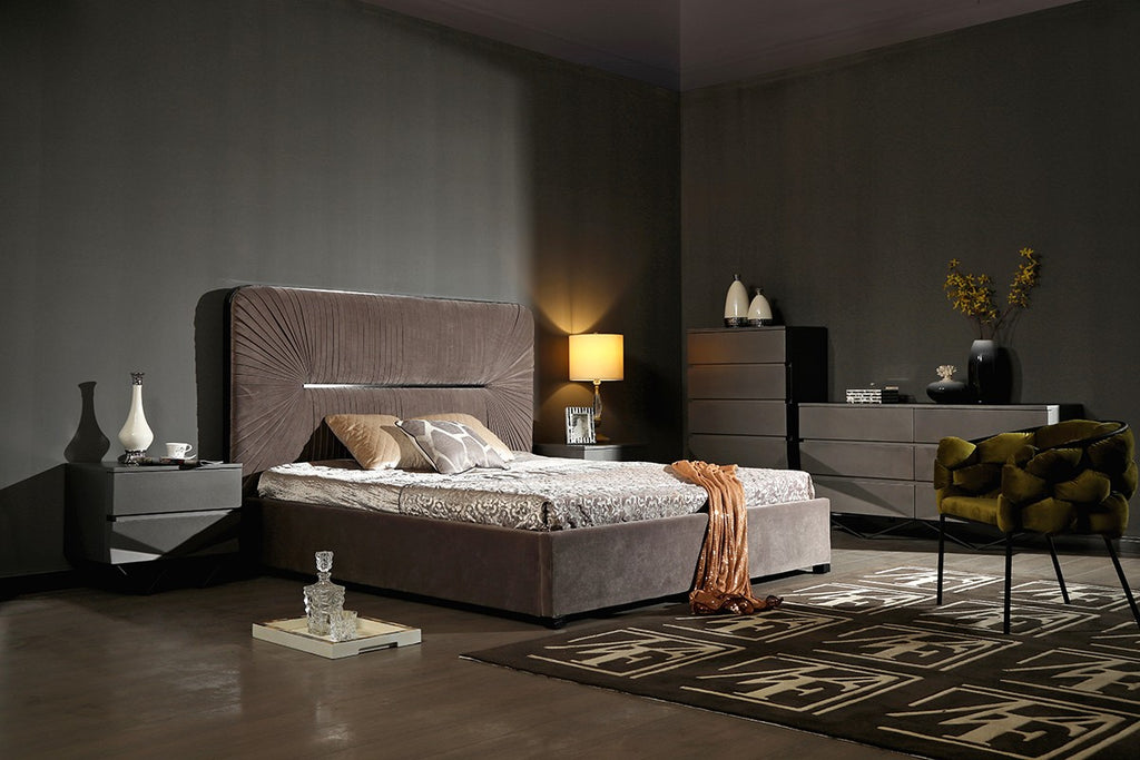 Duffy Modern Platform Bedroom Collection