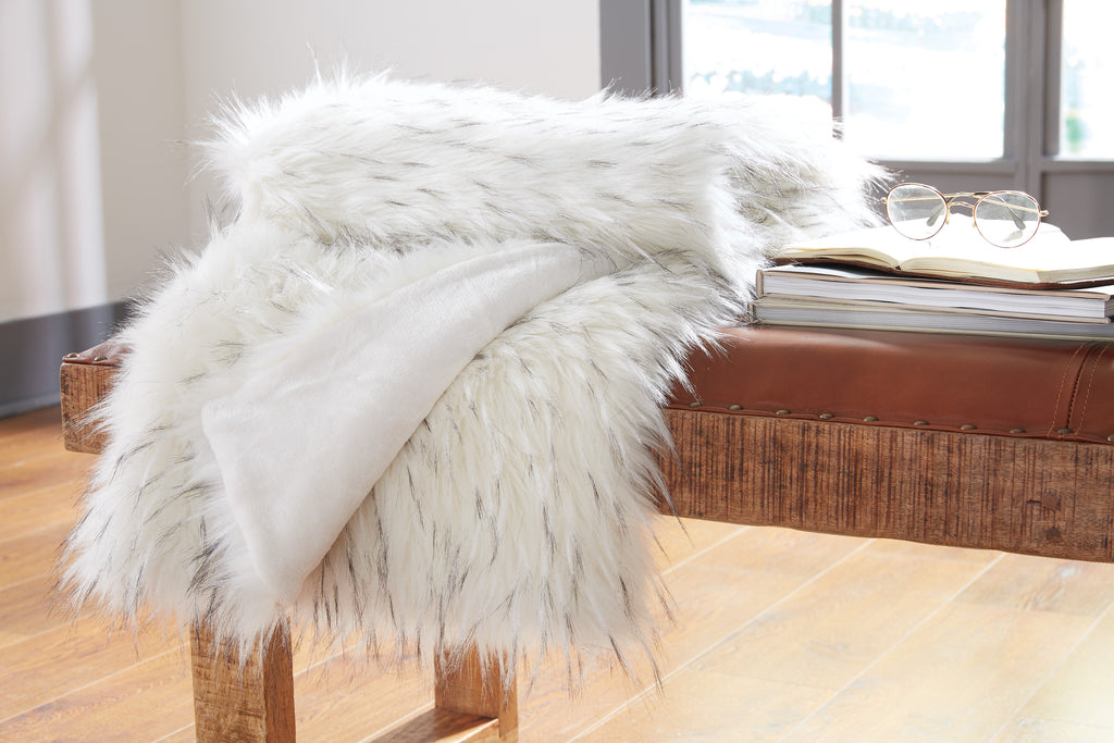 White Faux Fur with Brushed Tips Throw