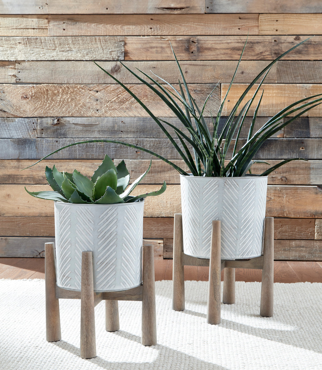 Galvanized Metal 2 Piece Planters Set