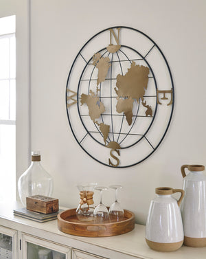 Compass Design Outdoor Safe Wall Decor