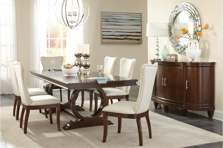 Ontario Traditional Dining Room Collection