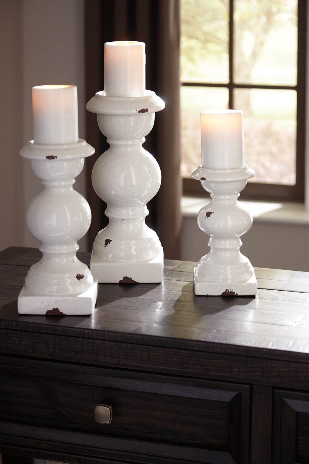Antique White Ceramic 3 Piece Candle Holder Set