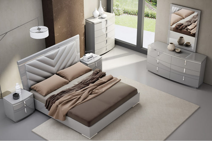 Yorkie Grey Platform Bedroom Collection