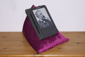 Drink Gin Berry purple Techbed kindle cushion iPad Pillow watch netflix moves in bed tablet stand arthritis sore wrists parkinsons read watch aid tablet stand