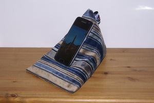 Dark Blue Stripe Techbed Mini iPhone X Samsung S9 S8 S7 S6 iPad Mini Kindle stand