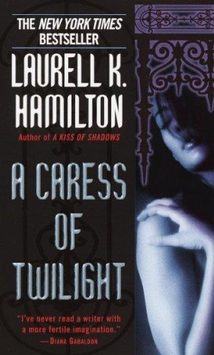 Livre ISBN  A Caress of Twilight (Meredith Gentry Novels) (Laurell K. Hamilton)