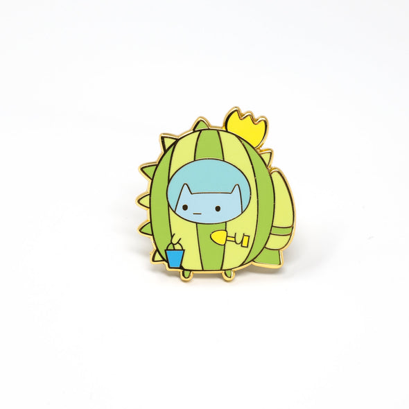 Commander Kitty Beach Suit Enamel Pin