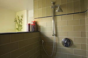Oasis Glass Tile | Brick | Moss