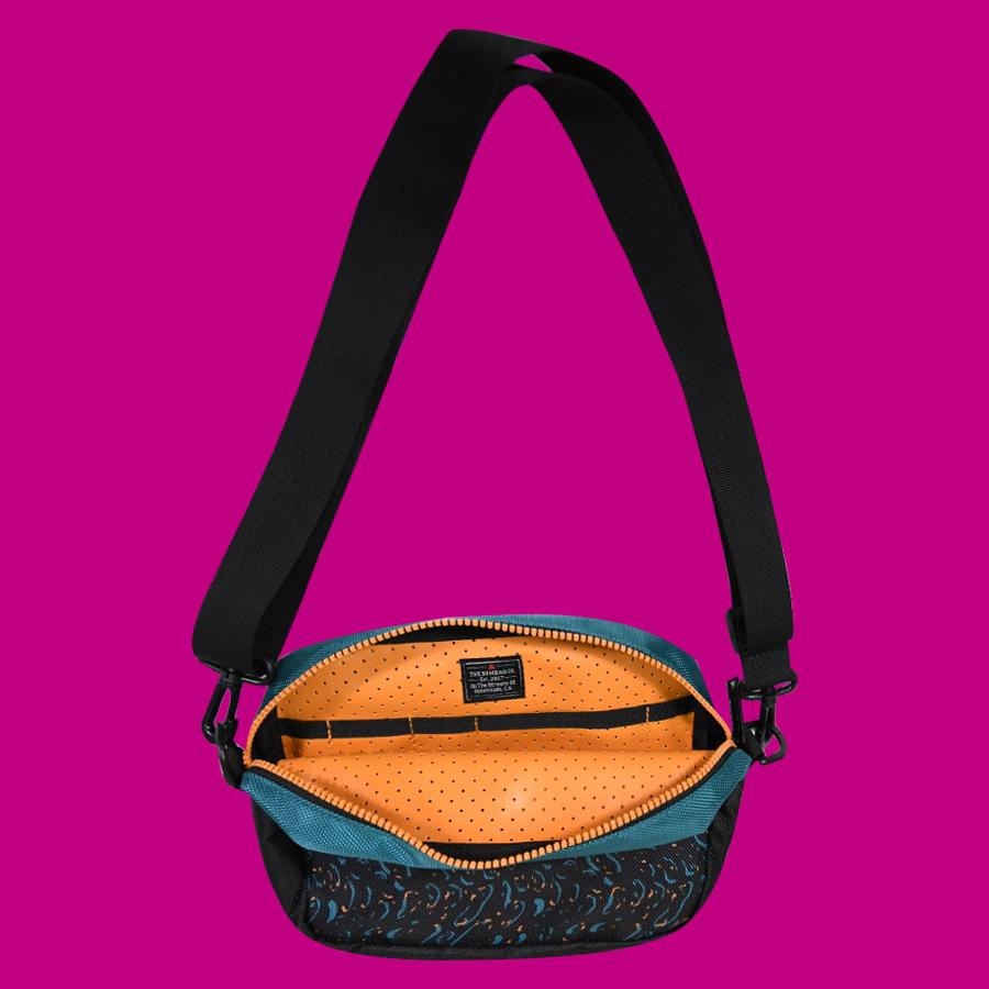 BumBag - Finkle Compact XL Shoulder Bag (Black/Teal)