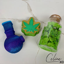 "Load image into Gallery viewer, ""Stoner Box"" Bath Bomb Set-Celine XO"