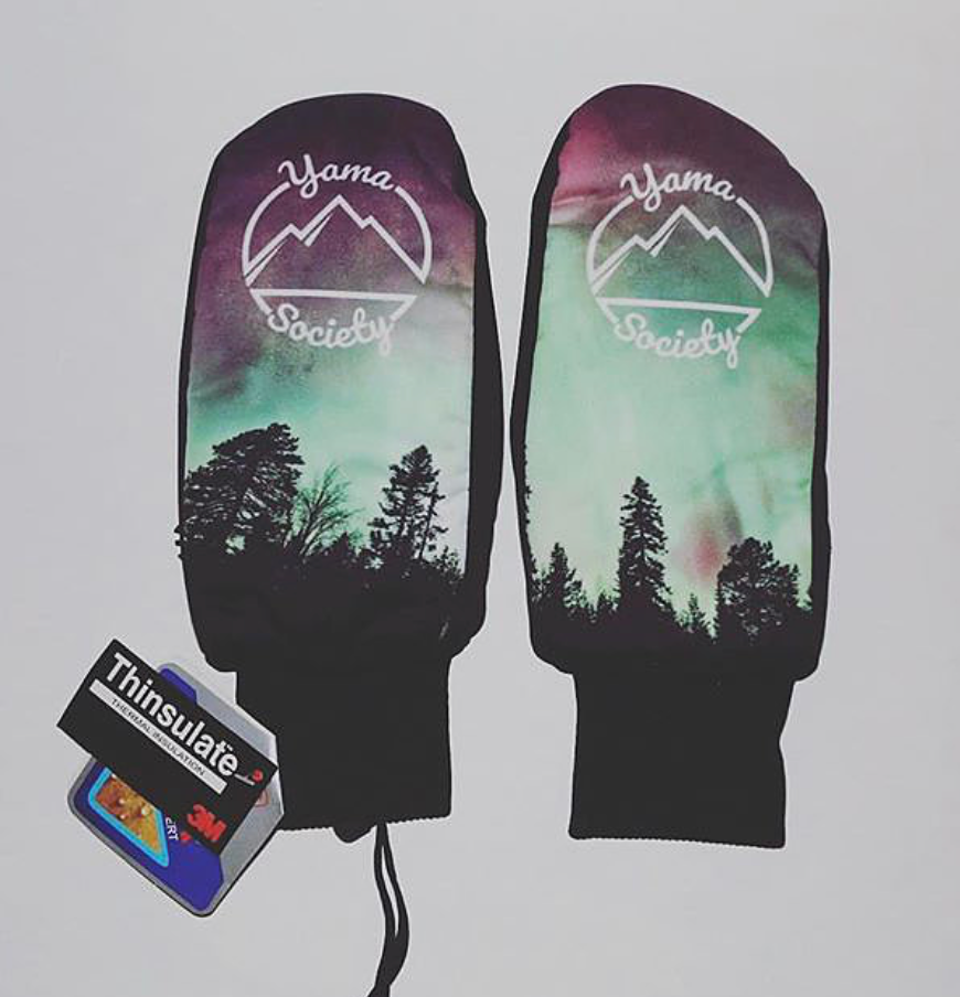 Aurora Lights Mitt