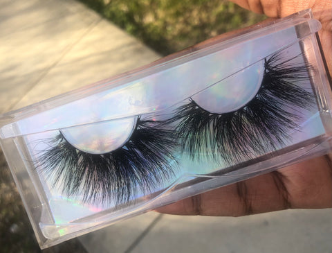 "25mm Mink Lashes "" IT GIRL """