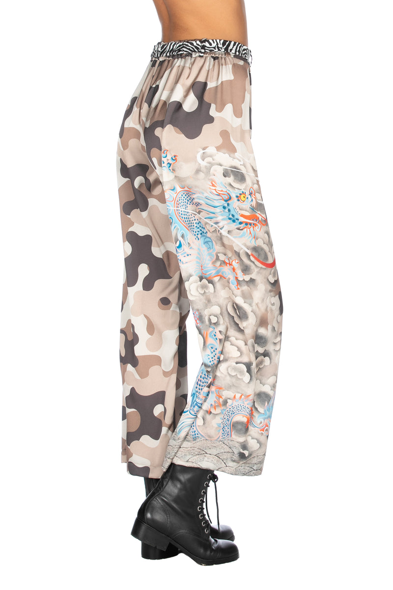 Panta coulotte con cintura fantasia camouflage più drago, Relish High Fashion moda, Primavera Estate 2020, abbigliamento donna