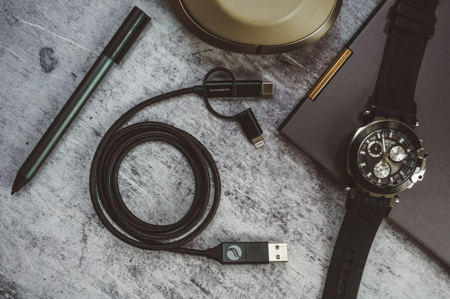 Review of Futuriztas 5-in-1 Chimera USB Cable