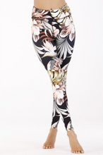 Load image into Gallery viewer, Paisley Floral Leggings