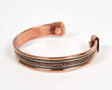 Load image into Gallery viewer, Single Twist Decorative Pure Copper Magnet Cuff Bracelet image 3
