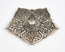 Load image into Gallery viewer, Buddha Pointed Leaf Aluminium Incense Holder image 4