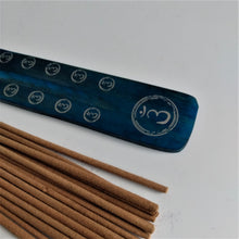 Load image into Gallery viewer, Blue Third Eye Chakra Natural, Eco Friendly Bamboo Incense Holder / Incense Burner Ash Catcher With 20 Free Vegan Friendly Incense Sticks