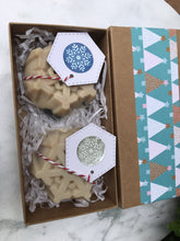 Load image into Gallery viewer, Xmas Gift Box - Snowflake Soap 2 pack