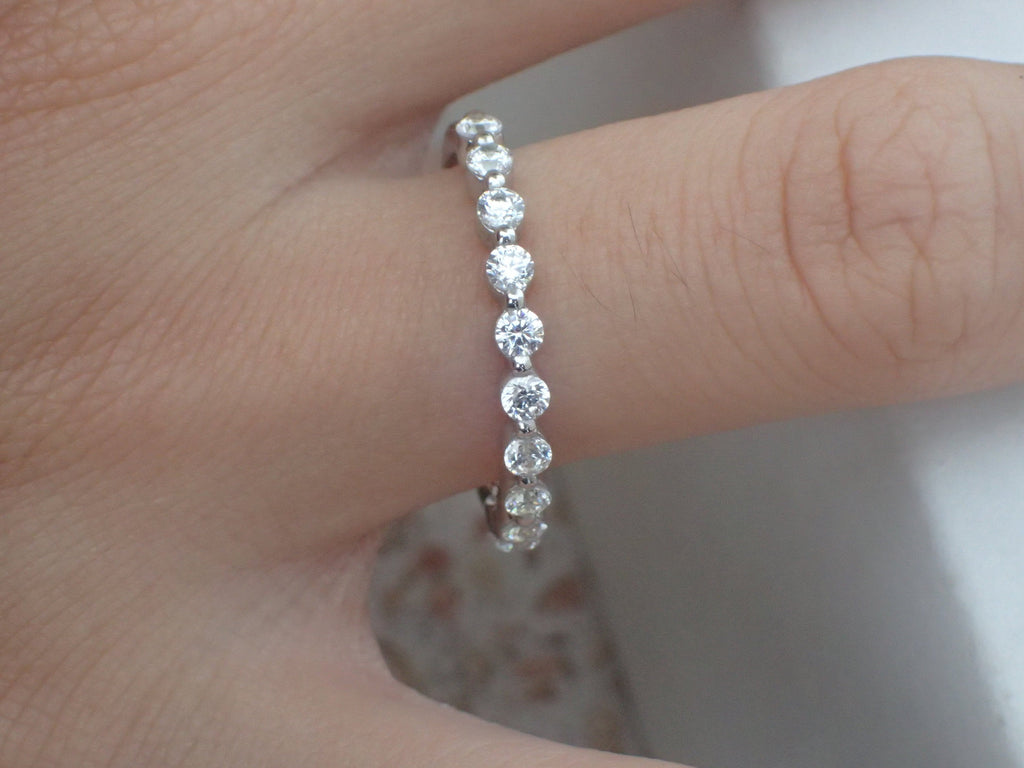 2.0mm Single Prong Moissanite Platinum Band, Full Eternity Ring, Prong Setting Band, Moissanite Bubble Prong Ring