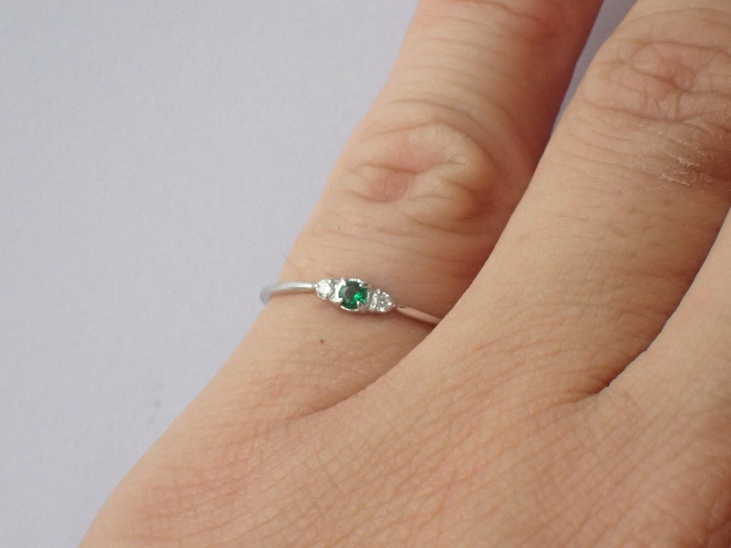 Emerald Ring Emerald Diamond Three Stone Ring Emerald Past Present Forever Ring May Birthstone Gift Emerald Promise Ring Solid Gold Platinum