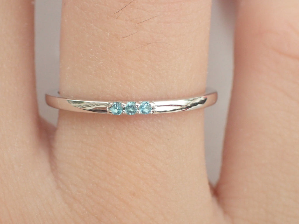 3 Blue topaz Ring White Gold 3 Stone Ring 3rd Year Gift for Wife 3 Stacking Blue topaz Thin Dainty Gift Past Present Forever Ring 1.3mm