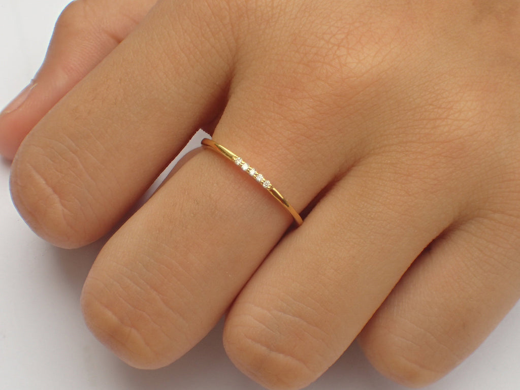14k Yellow Gold 5 Stone Diamond Wedding Band / April Birthstone Ring / Thin Dainty Diamond Wedding Ring / Micro Pave Minimalist Ring