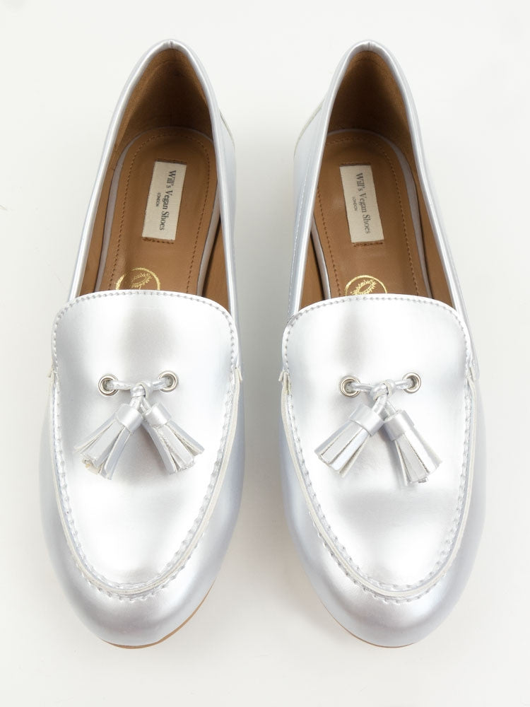 Vegan Leather Tassle Loafers - Silver