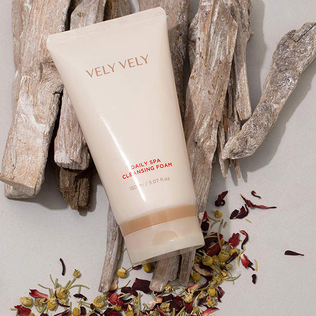 Daily Spa Cleansing Foam - velyvelyus